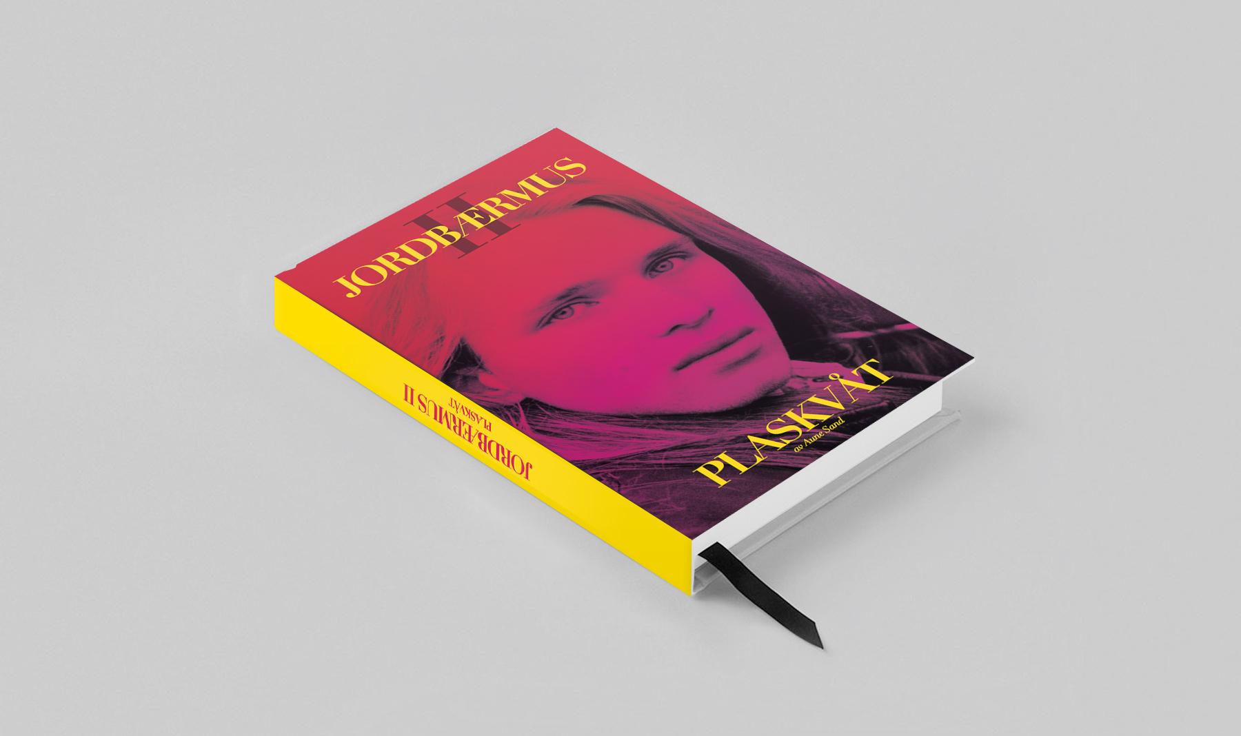 Aune Sand Book cover design Jordbaermus II